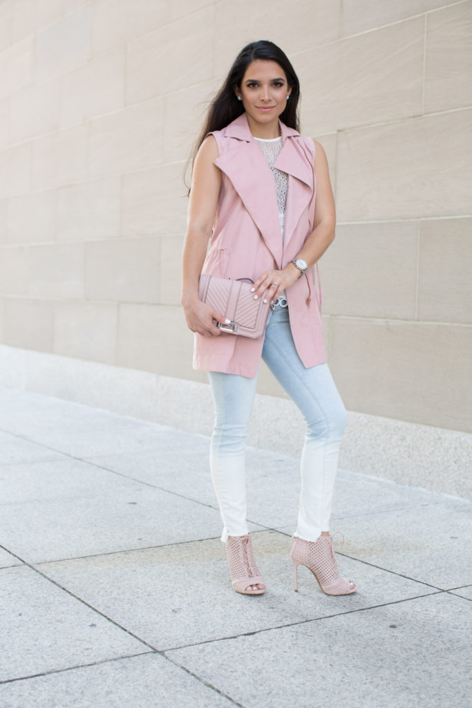 fall outfit ideas, fall outfit, ombre skinny jeans, white lace top, denim skinnies, pastel outfit, pink booties, fashion booties, fall booties, chevron quilted crossbody bag, topshop lace peplum top