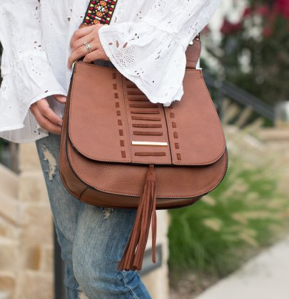 The One Trendy Camel Crossover Bag You Need in Your Closet